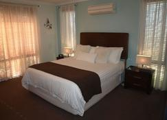 Baudins of Busselton B&B - Busselton - Bedroom