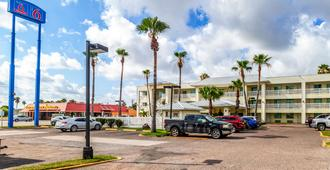Motel 6 Corpus Christi, TX - קורפוס כריסטי