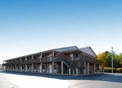 Best Western Beacon Inn - Grand Haven - Edificio