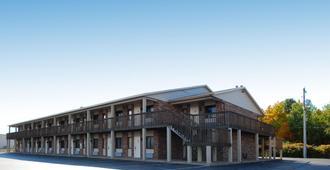 Best Western Beacon Inn - Grand Haven