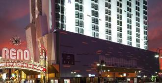 Whitney Peak Hotel - רנו