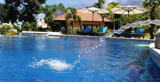 Puri Mangga Sea View Resort And Spa - Buleleng - Piscina