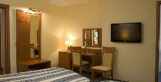 Hotel Drive In - שטוטגרט - חדר שינה