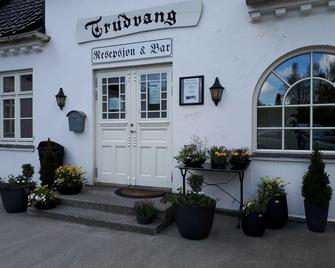 Trudvang Gjestegård - Larvik - Edificio