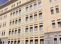 NH Madrid Lagasca - Madrid - Bangunan