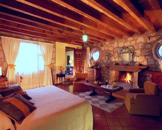Villa Montana Hotel & Spa - Morelia - Schlafzimmer