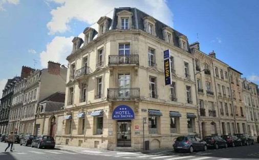 Brit Hotel Aux Sacres - Reims - Rakennus
