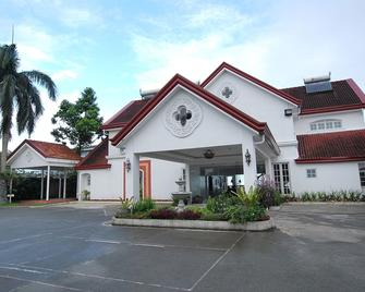 Villa Ibarra - Tagaytay - Building