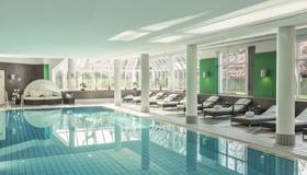 Radisson Blu Hotel Dortmund - Dortmund - Bể bơi
