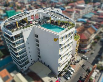 Sun & Moon, Urban Hotel - Phnom Penh - Gebäude