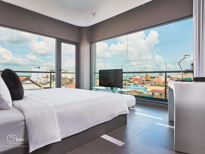 Sun & Moon, Urban Hotel - Phnom Penh - Bedroom