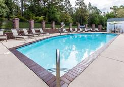 Comfort Inn - Pinehurst - Pool