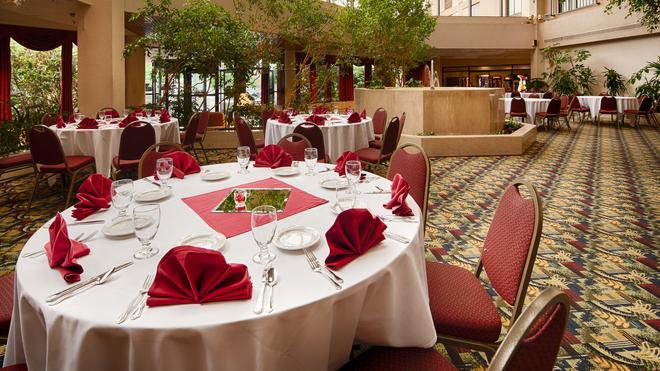 Best Western Royal Plaza Hotel & Trade Center - Marlborough - Juhlasali
