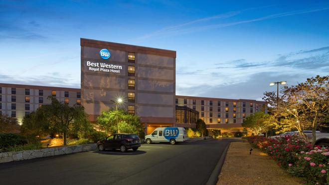 Best Western Royal Plaza Hotel & Trade Center - Marlborough - Rakennus