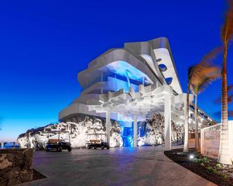 Royal Hideaway Corales Suites - by Barceló Hotel Group - Adeje