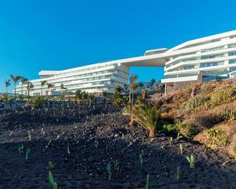 Royal Hideaway Corales Suites - by Barceló Hotel Group - Adeje - Κτίριο