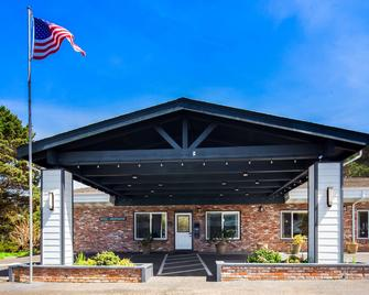 Best Western Vista Manor Lodge - Fort Bragg - Building