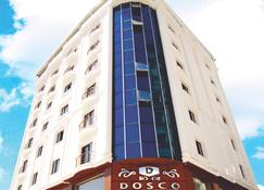 Dosco Hotel - Van - Building