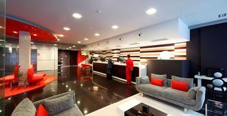 Axis Vigo Hotel - ויגו - לובי