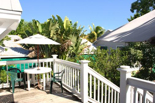 Wicker Guesthouse - Key West - Varanda