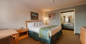 Brandin' Iron Inn - West Yellowstone - Bedroom