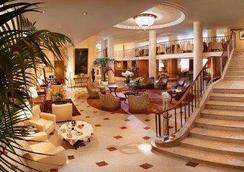 Hotel Cavour - Milan - Lobby