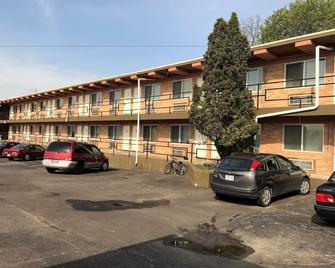 Town Motel - Oshkosh - Gebouw