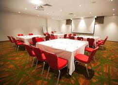 Eko Hotels & Suites - Lagos - Sala de reuniones