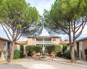 Best Western Plus Hyeres Cote D'azur - Hyères - Building
