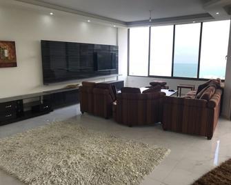 Broumana Seaview - Broummâna - Living room