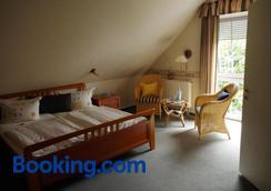 Hotel Heidetraum - Schneverdingen - Bedroom