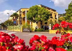 Hotel Santoni Freelosophy - Torbole - Bina