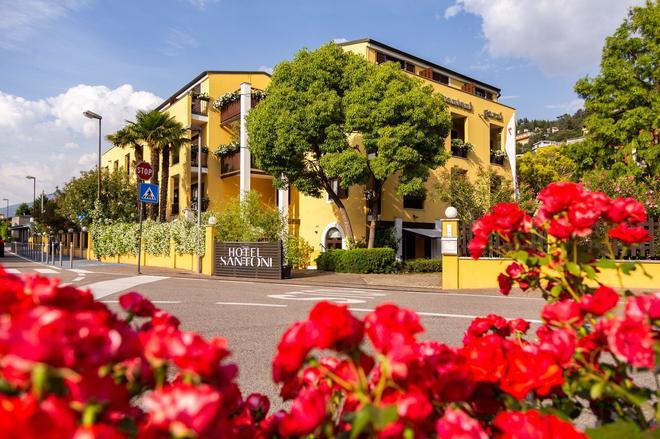 Hotel Santoni Freelosophy - Torbole - Rakennus