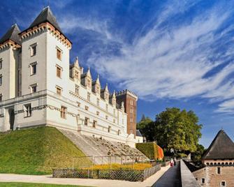 Ibis Budget Pau Est - Pau - Toà nhà