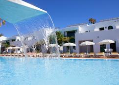 جلوريا إيزارو كلوب هوتل - Puerto del Carmen - حوض السباحة
