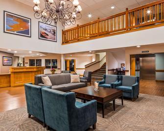 Best Western Plus Edmonds Harbor Inn - Edmonds - Lobby