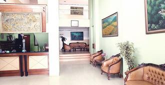 Hotel Fiducia Otista 153 - Yakarta - Lobby