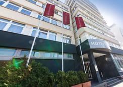 Novum Hotel Belmondo Hamburg Hbf. - Amburgo - Edificio