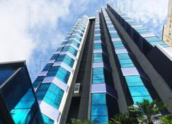 Bahamas Suite Hotel - Campo Grande - Edificio