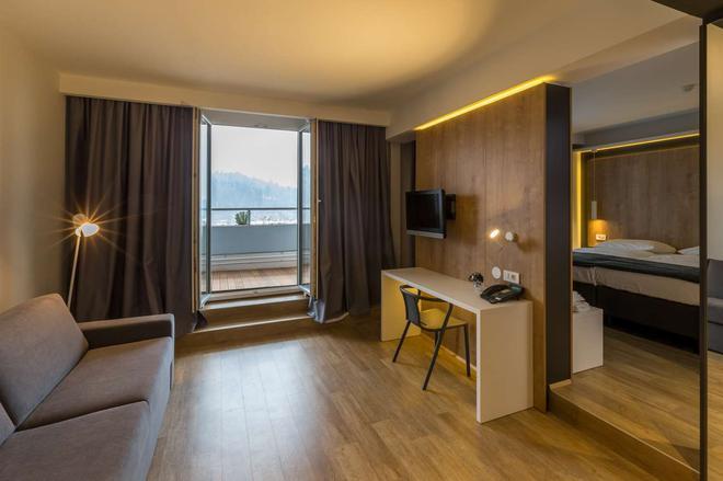 M Hotel Ljubljana - Ljubljana - Olohuone