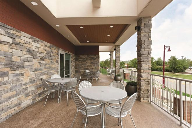 Home2 Suites by Hilton Pittsburgh Cranberry, PA - Cranberry Township - Μπαλκόνι
