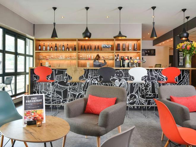 Ibis Dinant Centre - Dinant - Bar