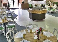 Castaways Resort and Suites - Freeport - Restauracja