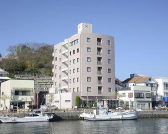 Iki Marina Hotel - Iki - Building