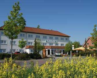 Landhotel Glesien - Schkeuditz - Building
