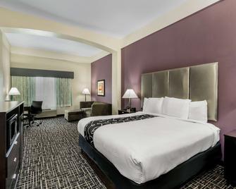 La Quinta Inn & Suites by Wyndham Canton MS - Canton - Slaapkamer