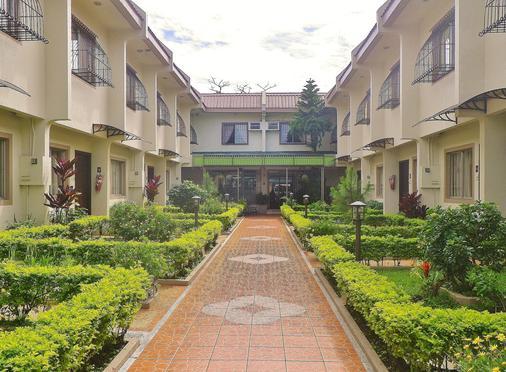 Baguio Holiday Villas - Baguio - Näkymät ulkona