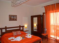 Rosa dei Venti Accomodation - Tropea - Bedroom