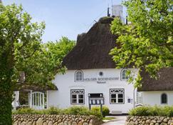 Relais & Châteaux Landhaus Stricker. - Sylt - Building