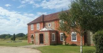 Landseer House - Chichester - Edificio